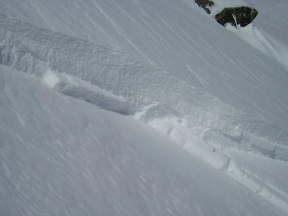 slab avalanche in Couloir NE Reou Arsine